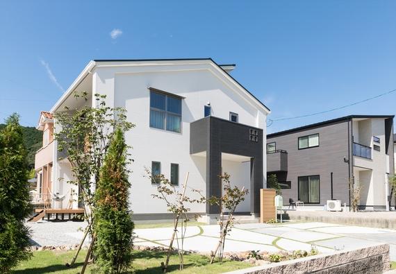 太陽光発電5.88kw搭載。エネルギー収支をゼロにする住宅ゼロミッケ。