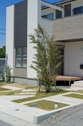 環境配慮の外構:お庭の空気も家族の気分もグリーンでクリーンに。