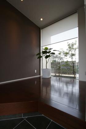 美しい景色を思う存分堪能するためにLDKは2階にあります