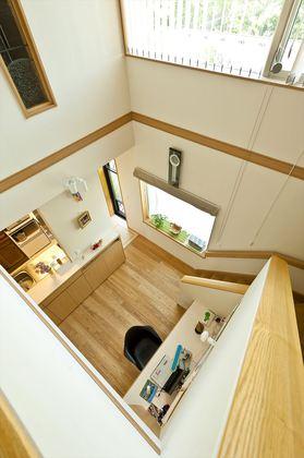 外壁全面にレンガ調のタイルを採用。重厚感を醸し出すと共に耐火、断熱、遮音性にも優れています。